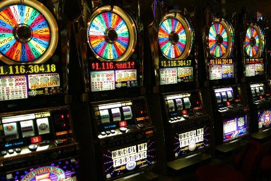Удача и везение – игры на деньги в казино Вулкан Платинум!