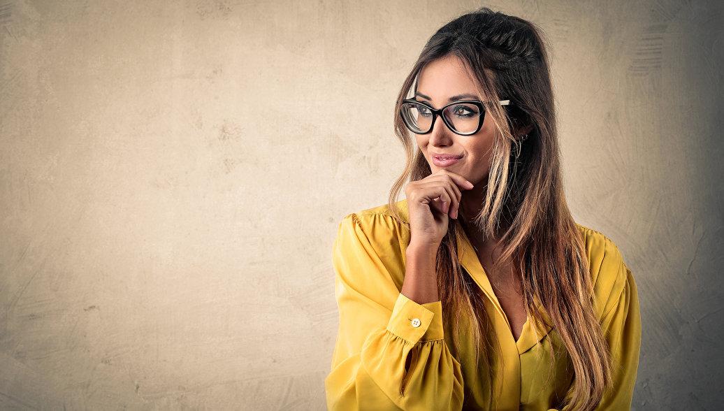 Психологи рассказали, какие женщины привлекательнее всего