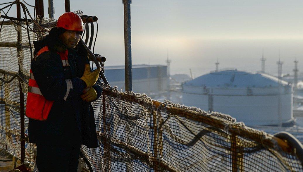 Первый танкер со сжиженным газом с Ямала прибыл к терминалу порта Бостона