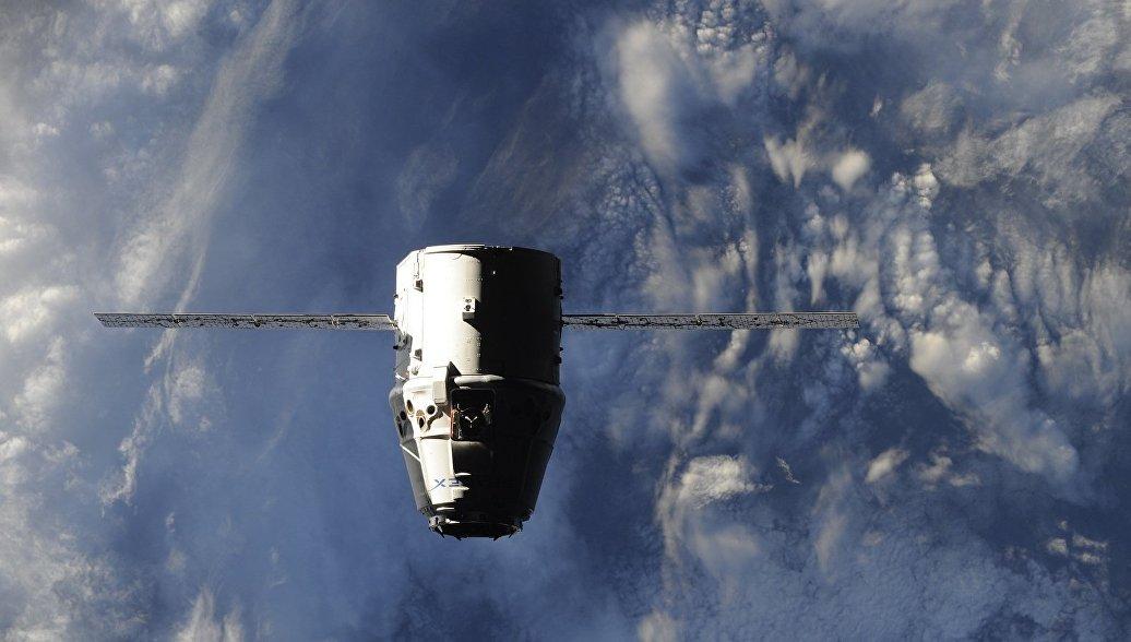Американский грузовик Dragon покинет МКС и вернется на Землю 13 января