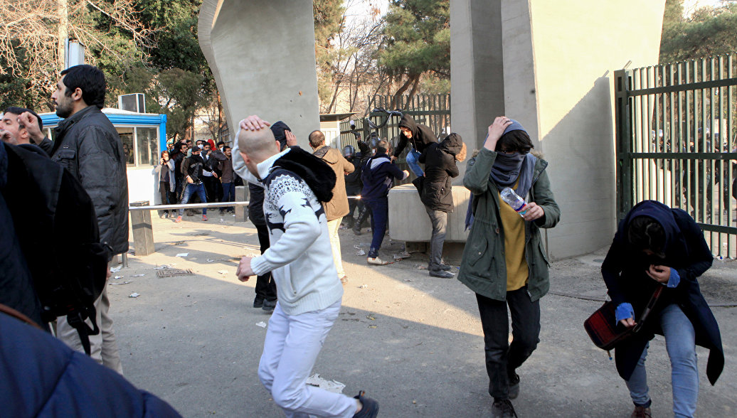 США поддержали протестующих вИране