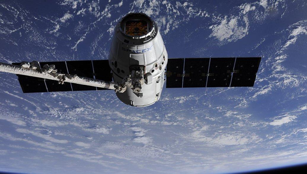 Грузовой корабль Dragon вернется на Землю с лабораторными мышами с МКС
