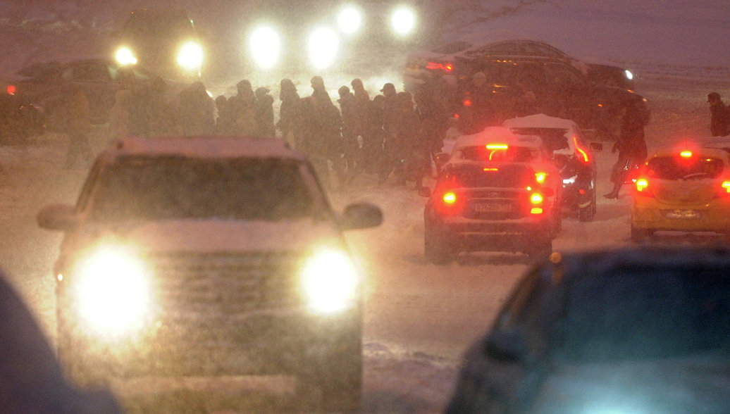 Новосибирские федеральные трассы из-за метели закрыли для автобусов