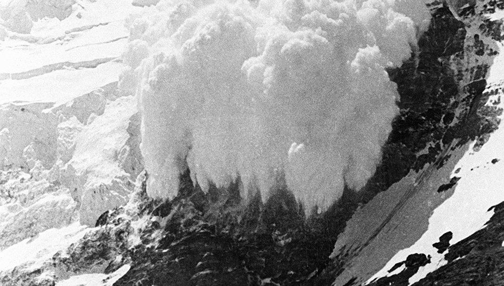 Ростуризм предупреждает туристов в Италии об опасности схода лавин