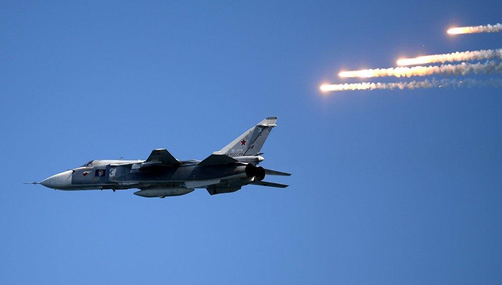 Экипажи Су-24 и Су-30 ЧФ приступили к учебным полетам на боевое применение