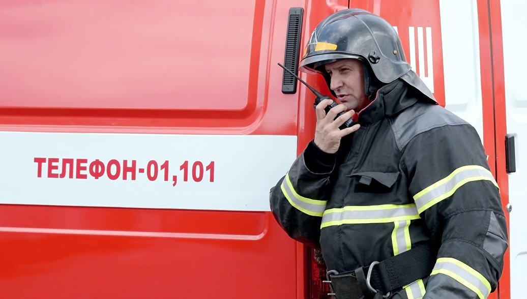 В Екатеринбурге потушили пожар на складе пластика