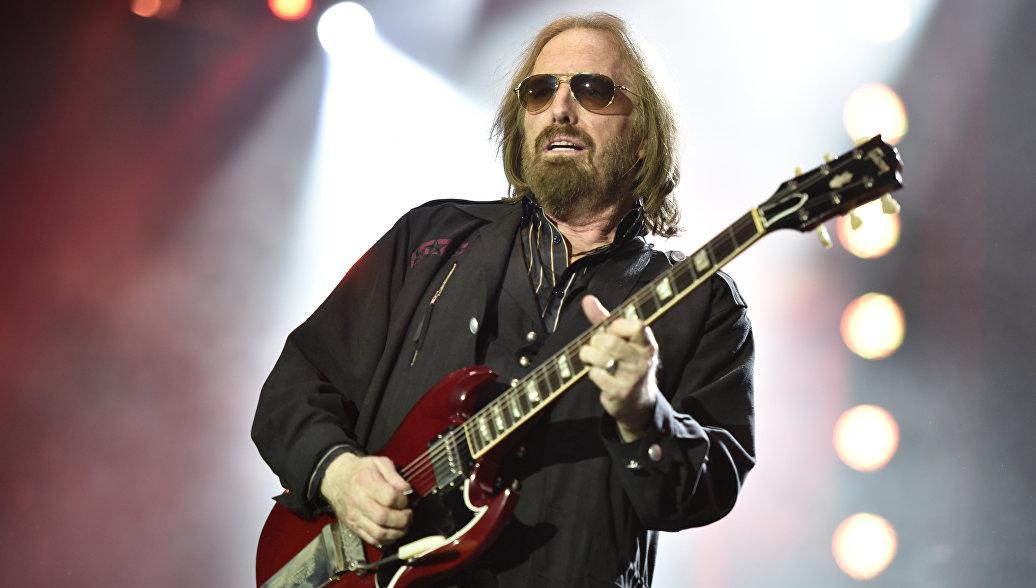 Музыкант Том Петти скончался отпередозировки фармацевтических средств