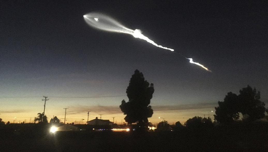 Ракета SpaceX не смогла вывести на орбиту секретный американский спутник, пишут СМИ