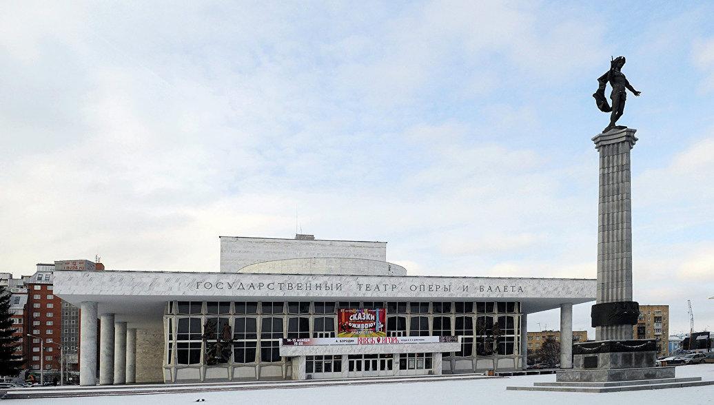 Красноярскому театру оперы и балета официально присвоили имя Хворостовского
