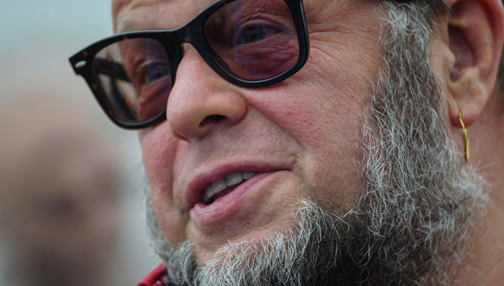 Гребенщиков назвал лживым фильм Серебренникова о Цое