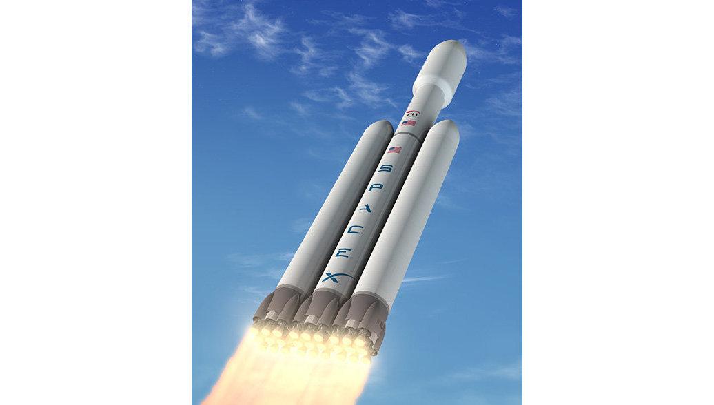 Falcon Heavy стартовала с мыса Канаверал в первый испытательный полет
