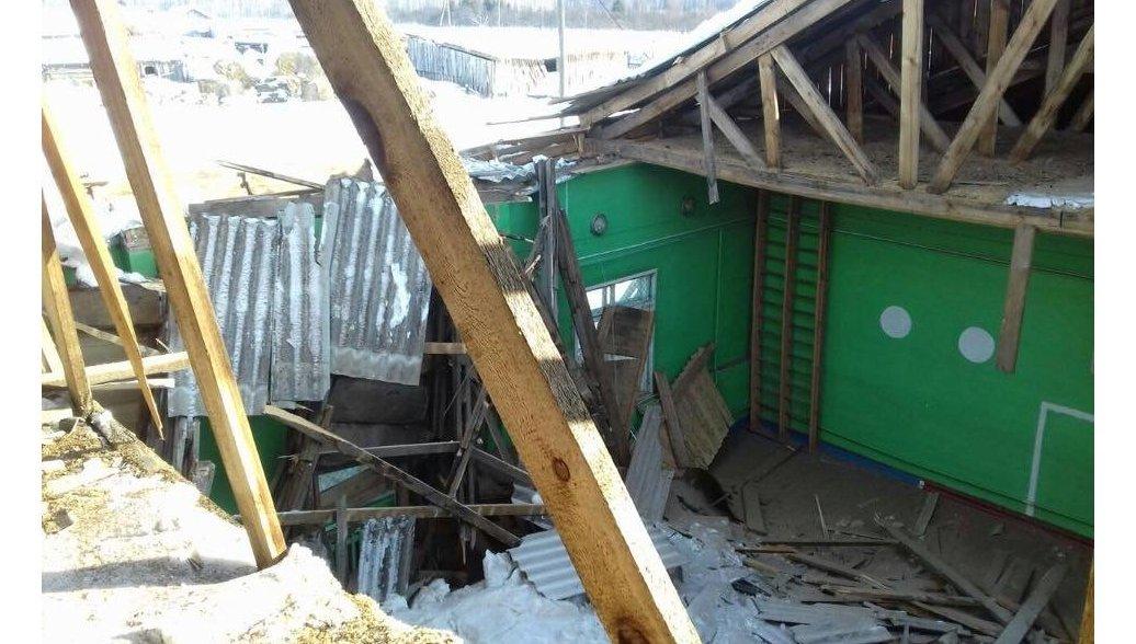 В Красноярском крае в школе обрушилась крыша