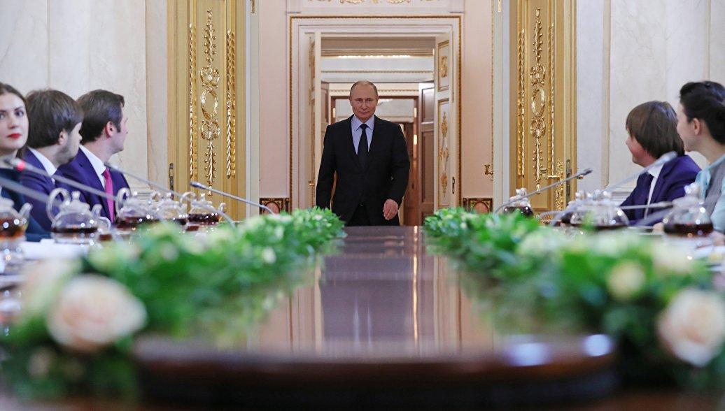 Путин отметил необходимость повышения эффективности российской науки