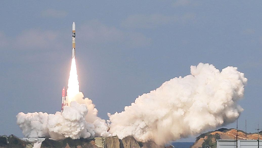 Япония провела успешный запуск ракеты со спутником-шпионом