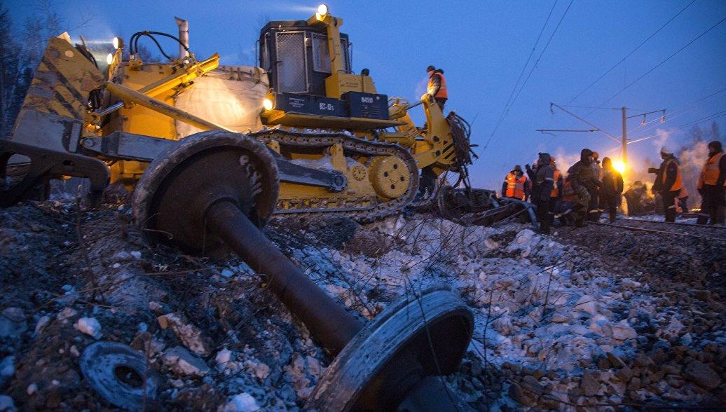 В Красноярском крае восстановили движение на месте схода вагонов