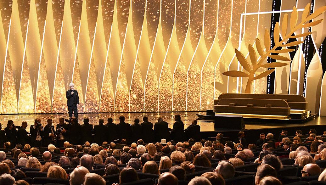 На красной дорожке Каннского кинофестиваля запретят селфи