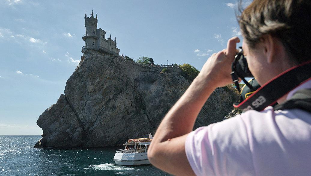 Крым готовится встречать туристов в новом сезоне