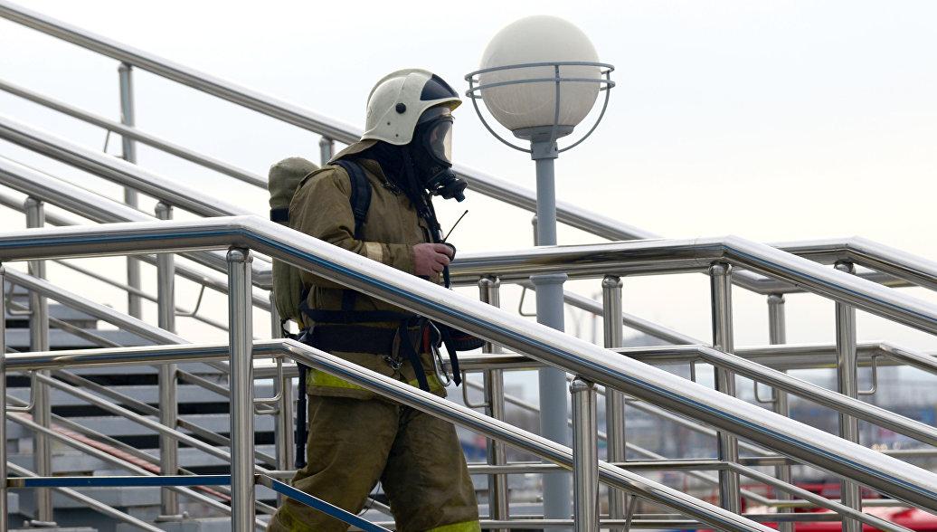 В Красноярском крае загорелся магазин стройматериалов