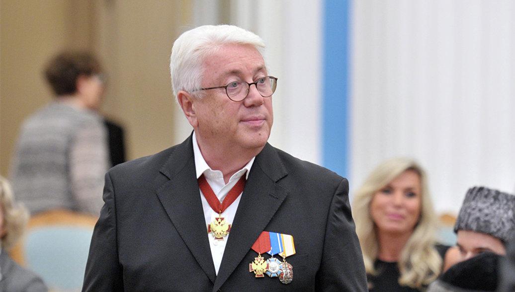 Медведев поздравил Владимира Винокура с 70-летием