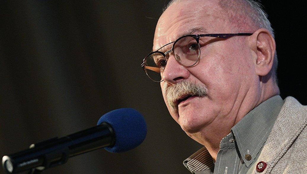 Михалков получил литературную премию за книгу