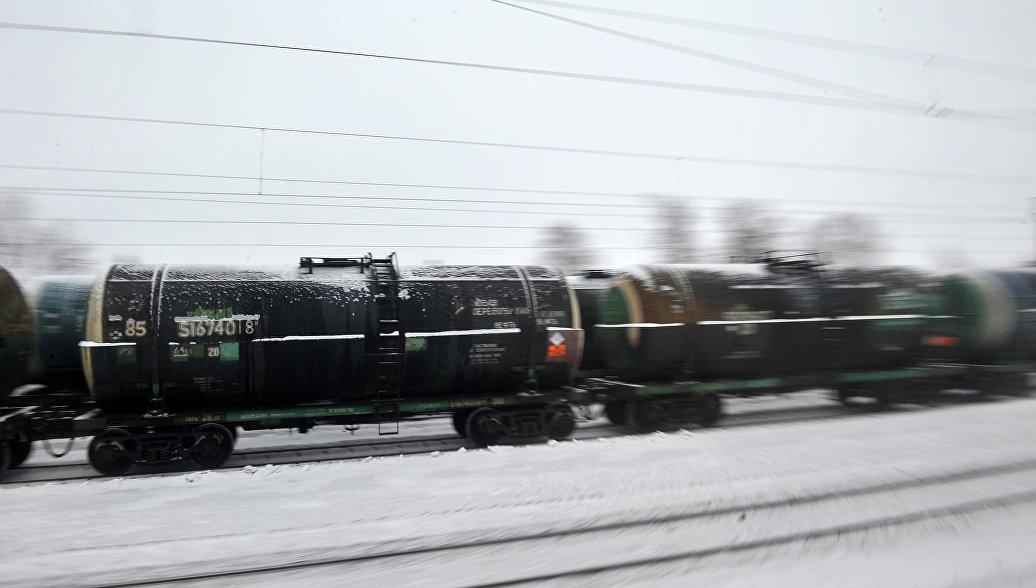 На Сахалине вновь остановили движение поездов из-за возможного схода лавин