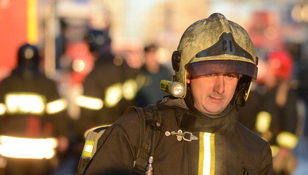 На рынке под Ростовом-на-Дону вспыхнул пожар