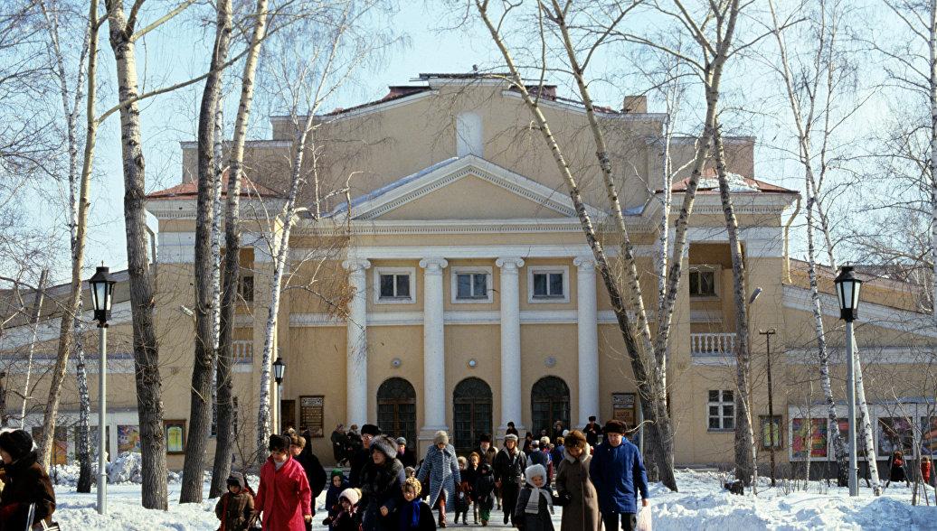 В Новосибирском театре музыкальной комедии рассказали о работе с Квинихидзе