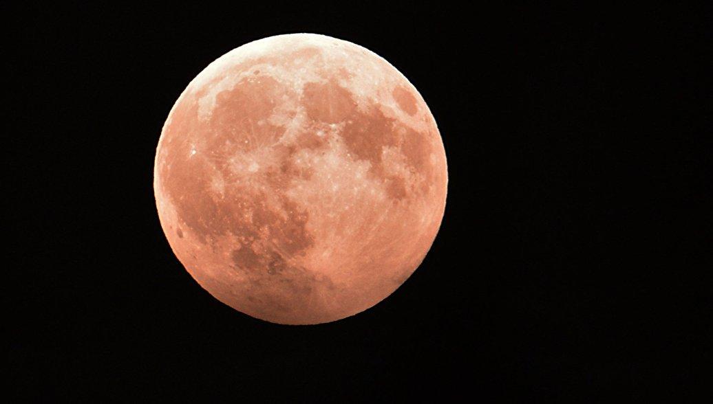 Ученые оценили опасность радиационного облучения при полетах на Луну