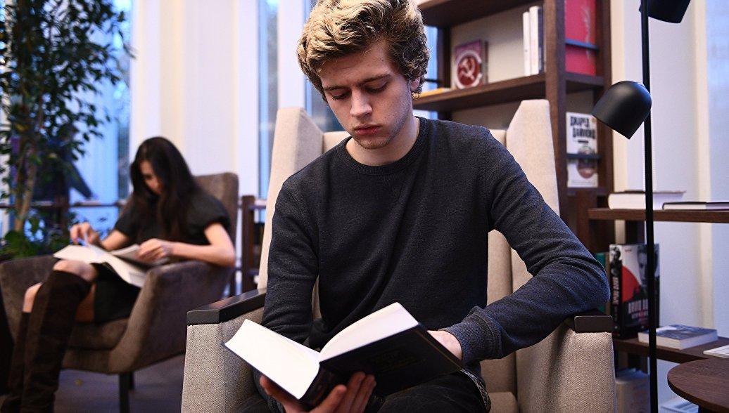 Более трех тысяч молодых авторов претендуют на литературную премию