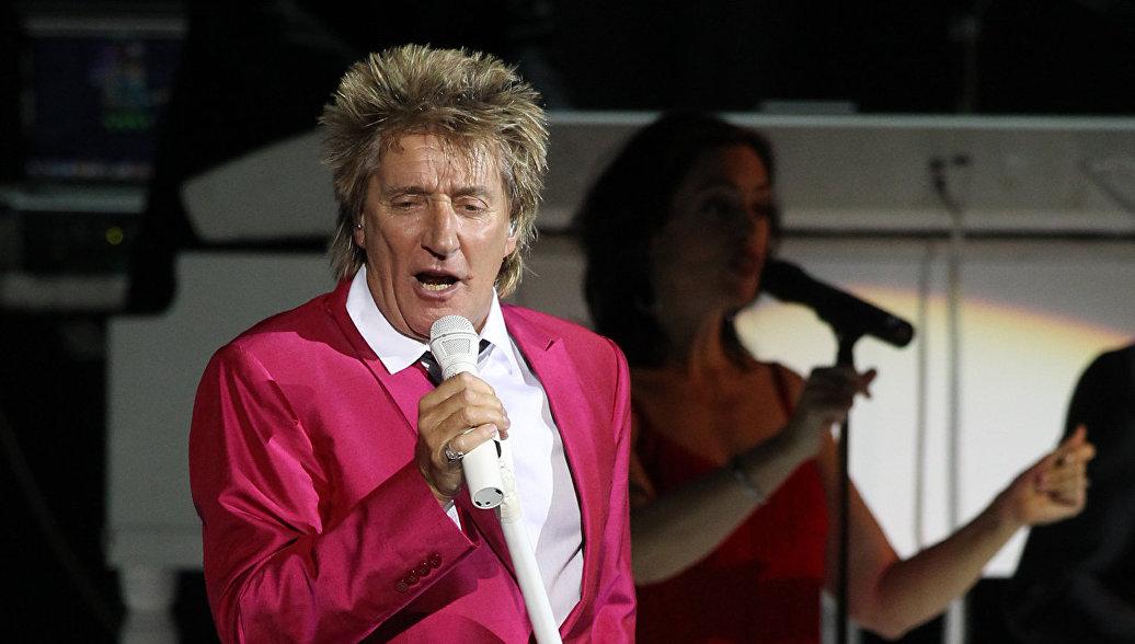 Британский певец Род Стюарт получит музыкальную премию BraVo в Москве