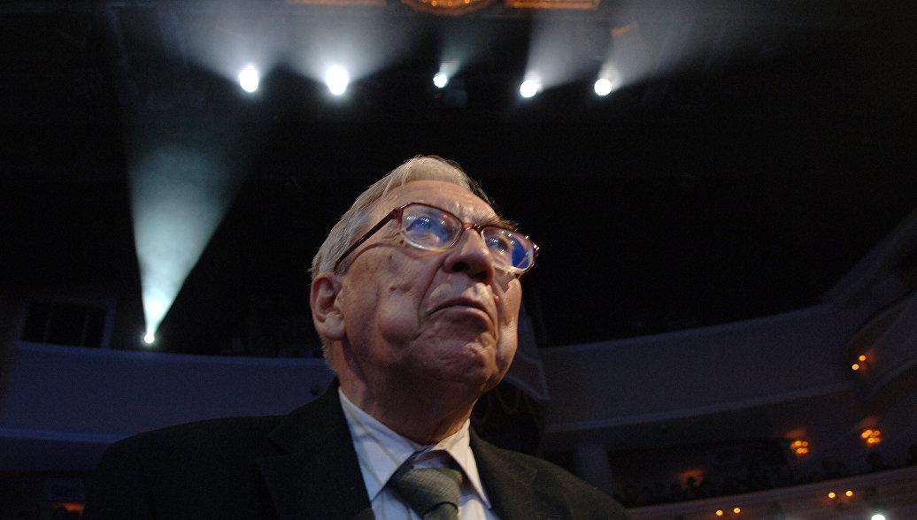 Президент журфака МГУ прокомментировал высказывание декана ВШТ о Слуцком