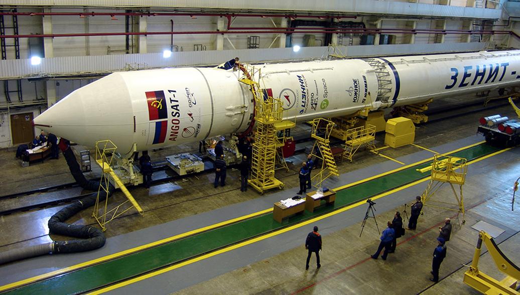 Россия и Ангола ведут переговоры о создании нового спутника взамен утерянного
