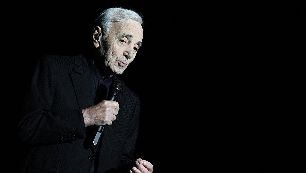 Концерт Азнавура в Петербурге перенесли из-за плохого самочувствия певца
