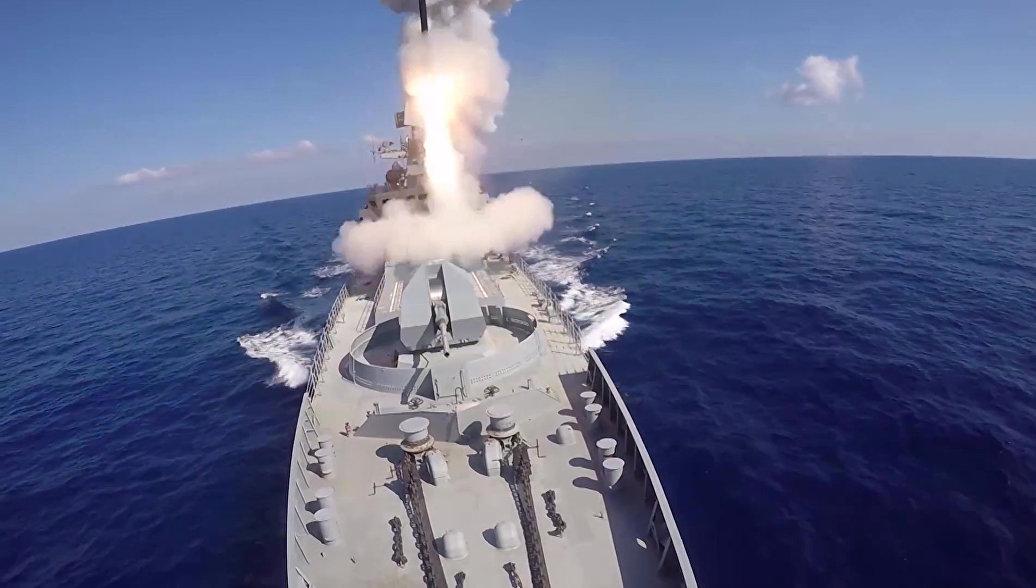 Корабли Каспийской флотилии уничтожили условного противника ракетами