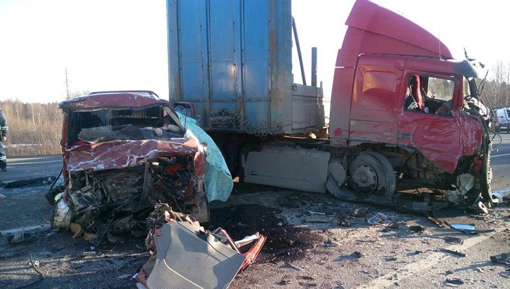 Губернатор Вологодской области объявил траур по погибшим на трассе А114