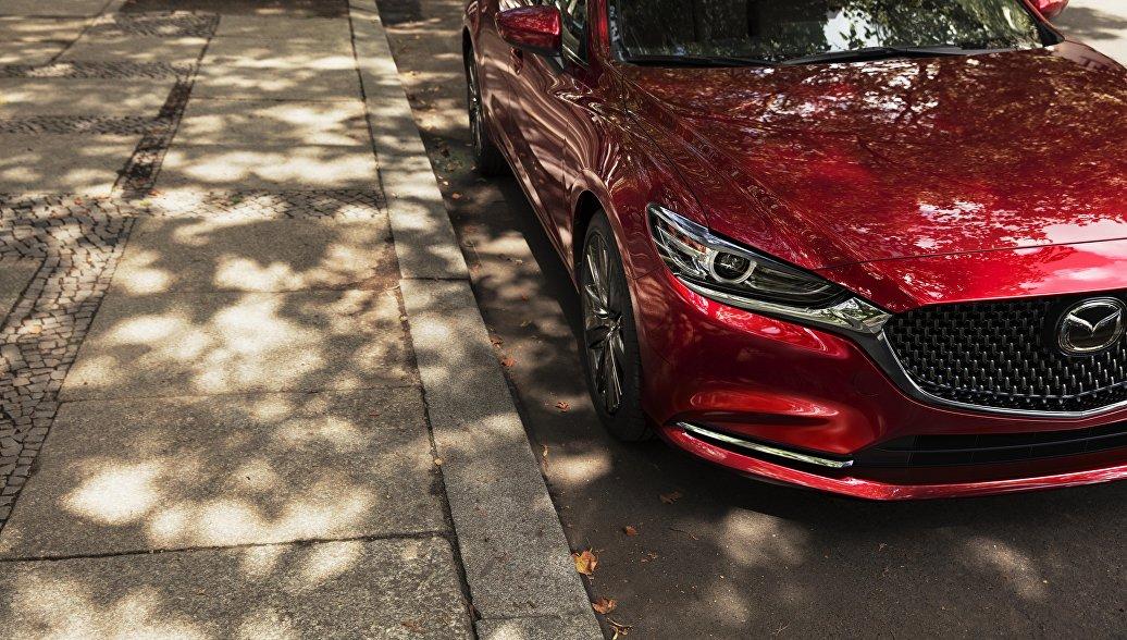 Дилер отзывает в России 20 тысяч машин Mazda 6