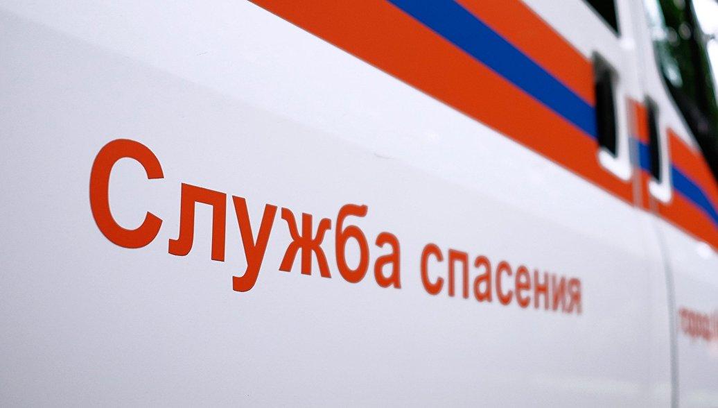 В Нижнем Новгороде кирпичная стена обрушилась на семь автомобилей
