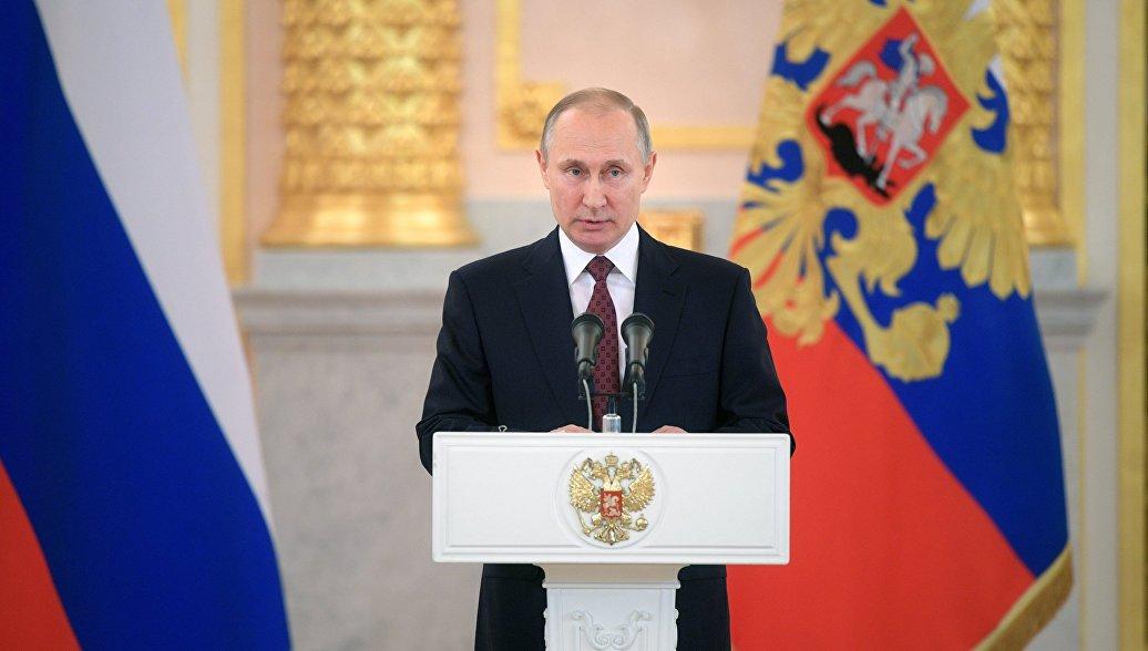 Путин поручил представить предложения по экзоскелетам для реабилитации