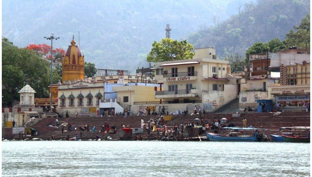 Тело российского туриста нашли в горах в Индии