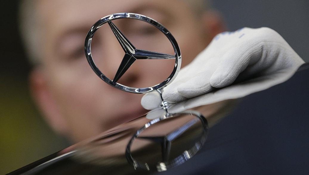 Mercedes отзывает почти 25 тысяч автомобилей в России