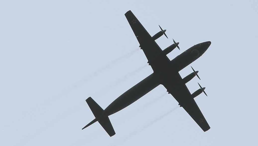 Самолет Ил-38 ВВС Индии аварийно сел в Жуковском