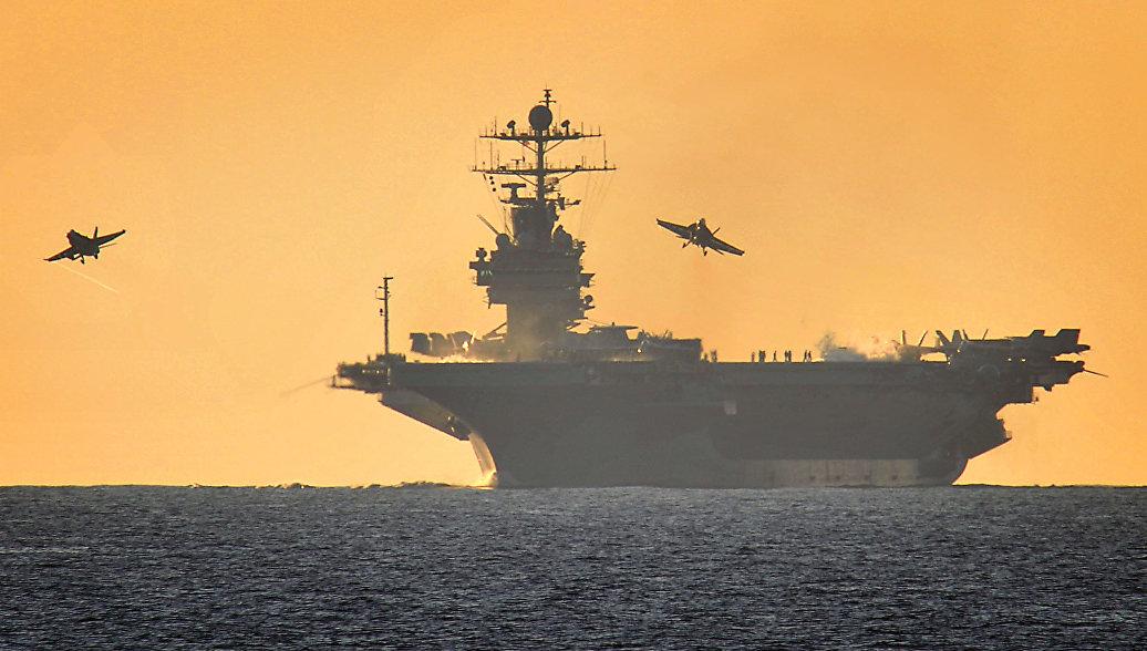 США могут оставить авианосец