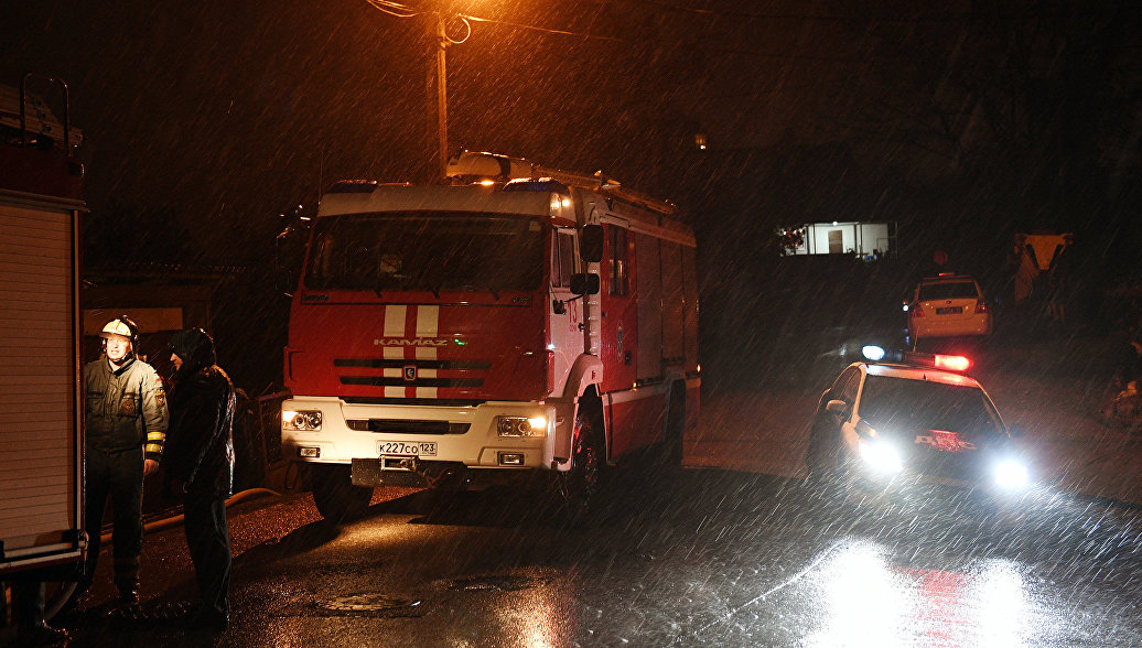 В Тюмени локализовали крупный пожар в магазине игрушек
