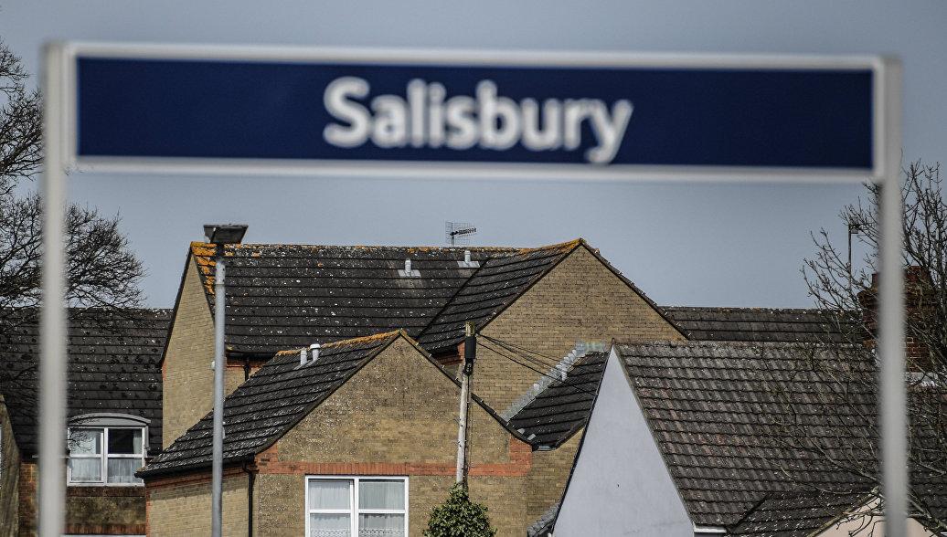 Посольство РФ: Лондон фактически отказывается информировать Москву по Солсбери
