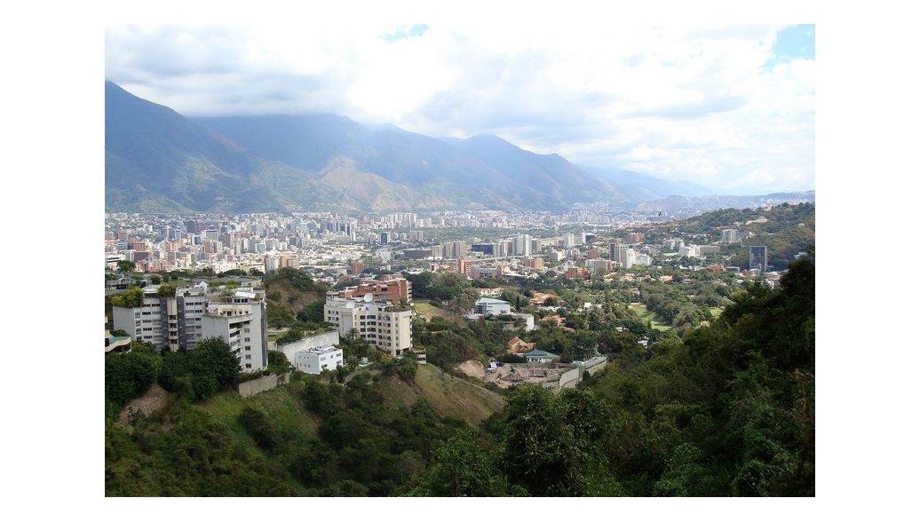 Москва и Каракас обсуждают возможность сборки автомобилей в Венесуэле