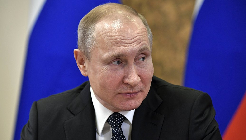 Сванидзе напомнил Путину о предложении наградить организатора восстания в Собиборе