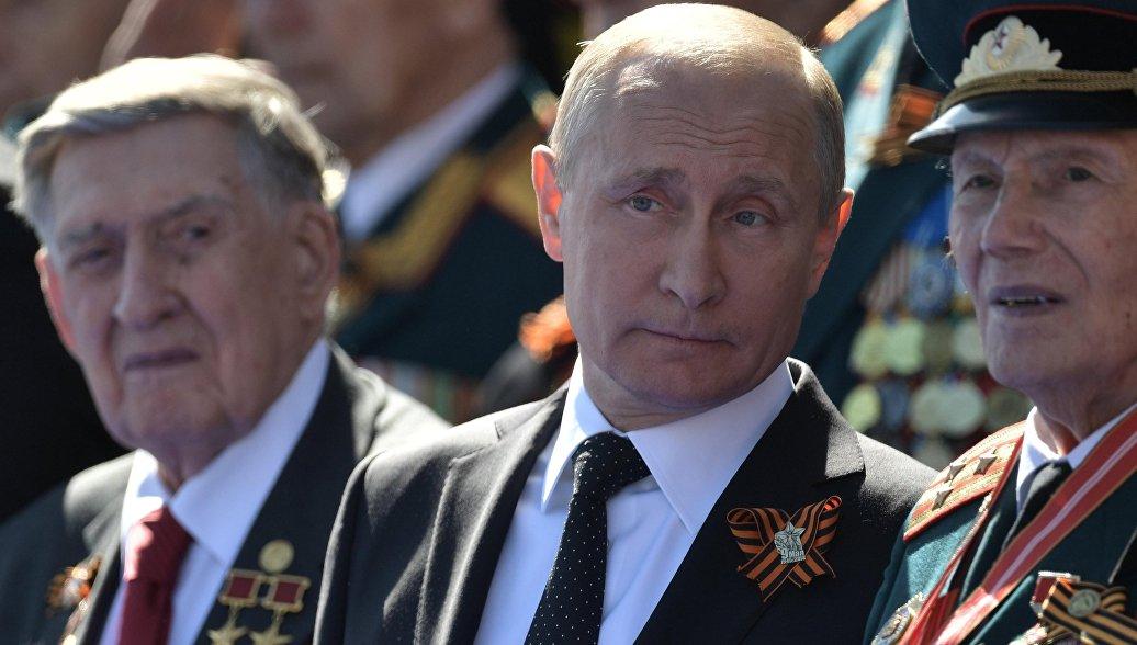 Песков назвал случайностью инцидент с ветераном и охраной Путина