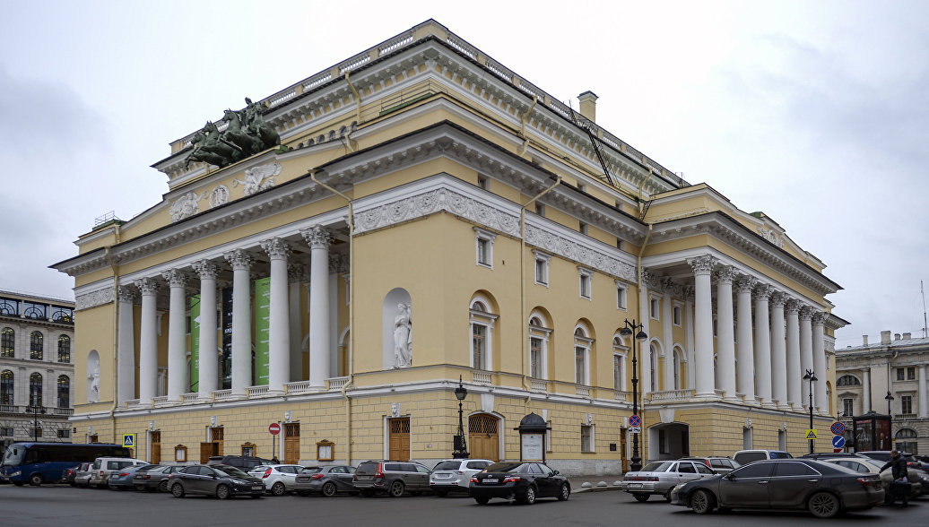 Труппа Александринского театра начнет выступления в Китае