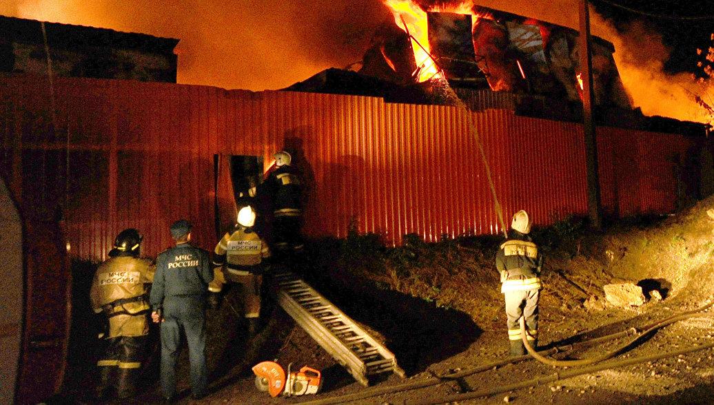 Пожар в ТЦ Ноябрьска