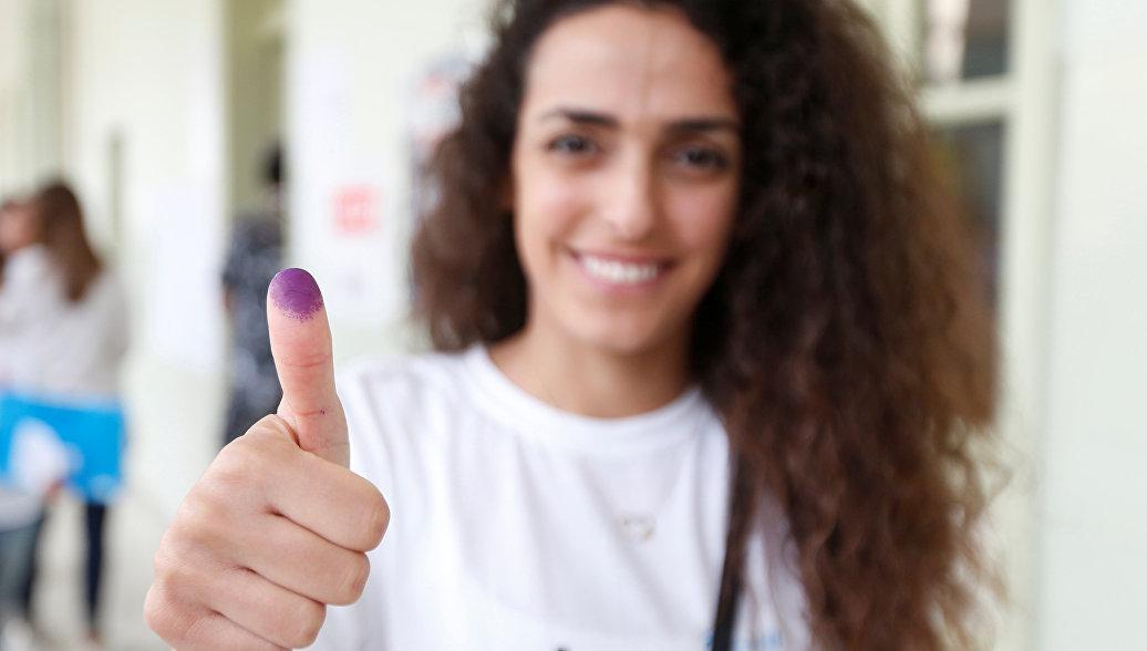 Жители Ливана голосуют на парламентских выборах